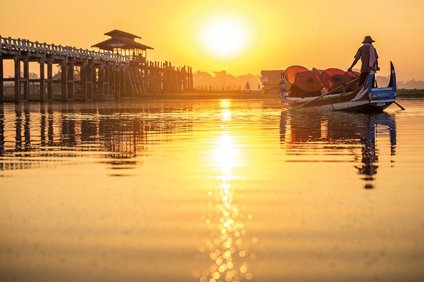 Inle Lake - Serene Sunrise on Inle Lake