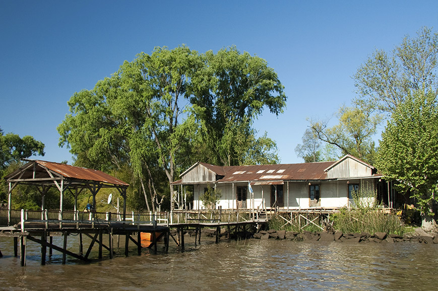 Tigre Delta river tour