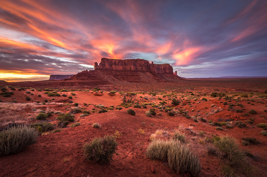 Sunset tour of Monument Valley