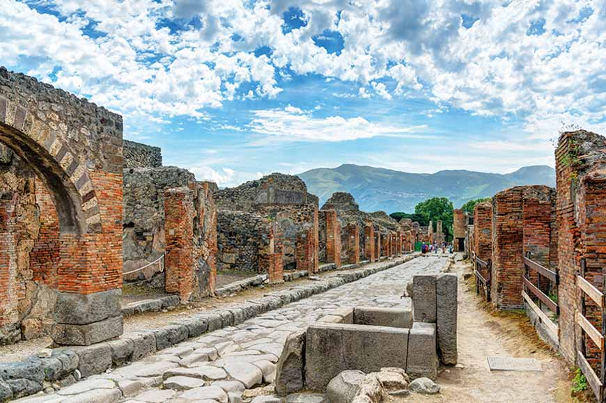 Italy - Pompeii and Mount Vesuvius walk