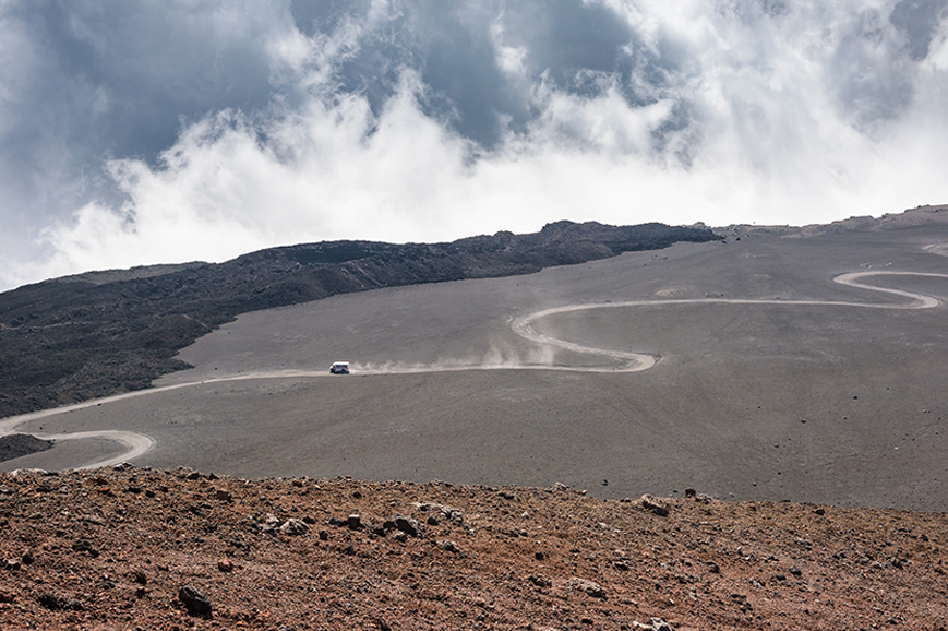 Italy - Discover Mount Etna by cable car and jeep