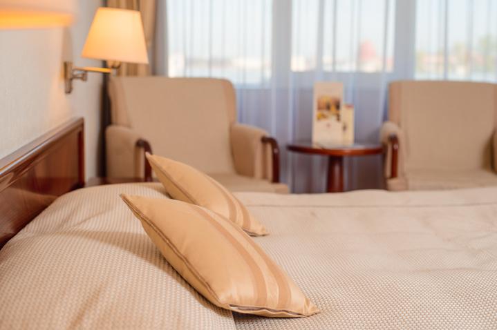 ambassador-hotel-3.jpg