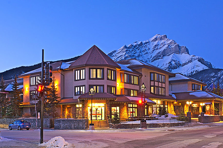 banff-international-hotel-4.jpg