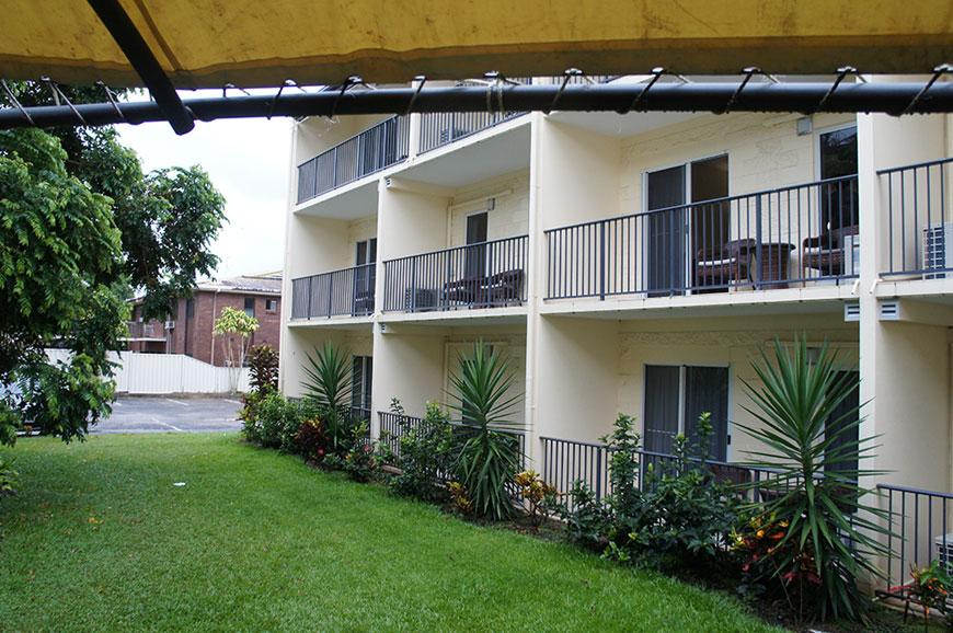 cairns-queenslander-hotel-apartments-4.jpg
