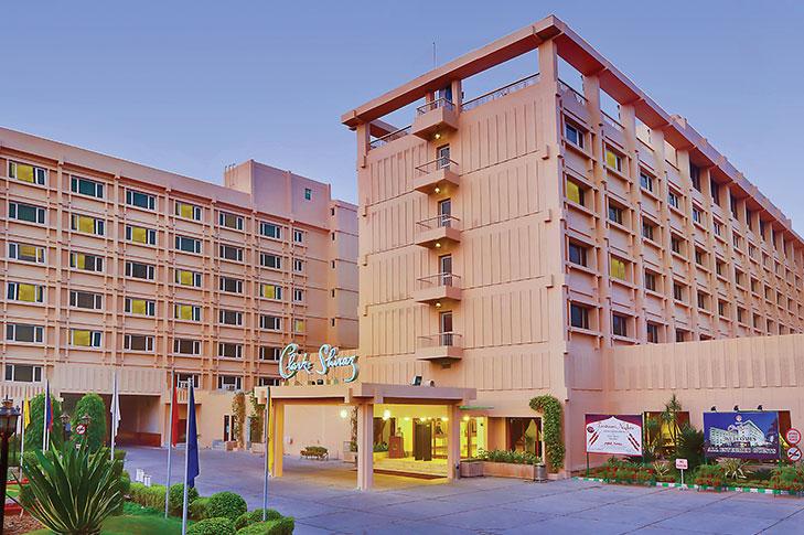 clarks-shiraz-hotel-1.jpg