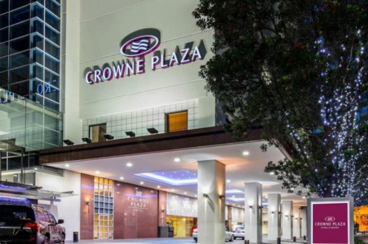 crowne-plaza-aukland-3.jpg