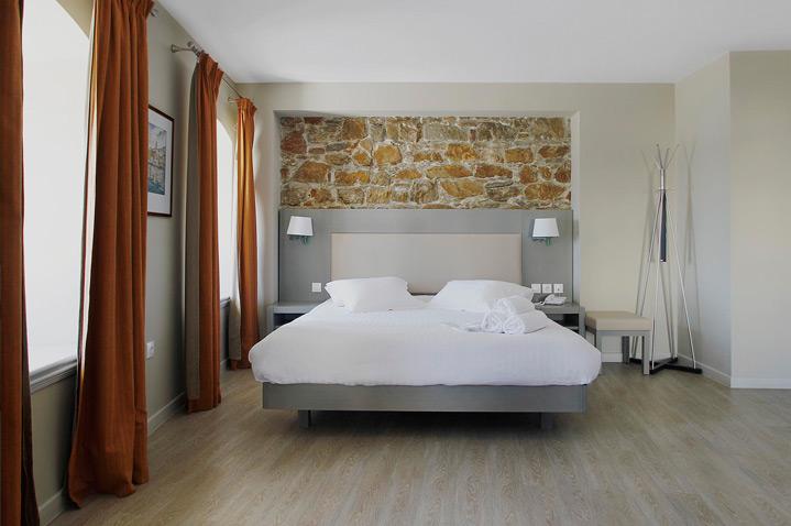diogenis-hotel-athens-1.jpg