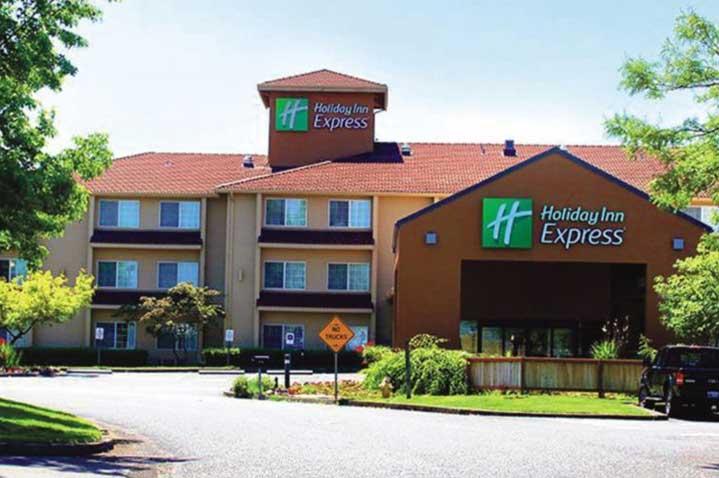 holiday-inn-express-portland-east-troutdale-4.jpg