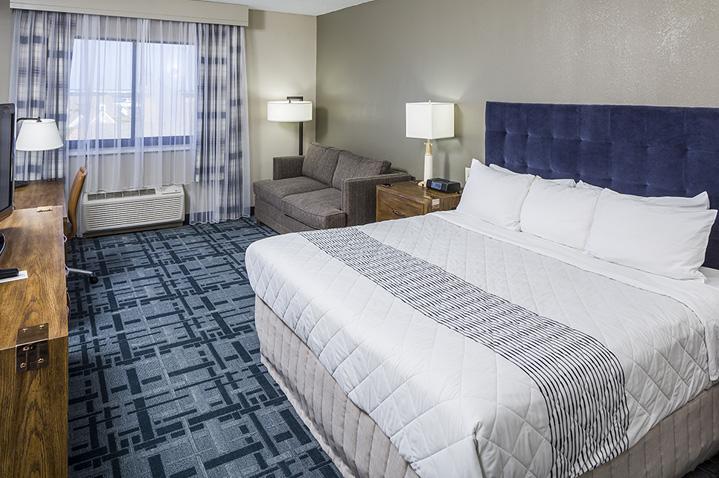hotel-1620-plymouth-2.jpg