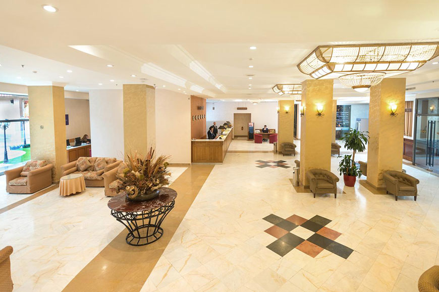hotel-ani-plaza-2.jpg