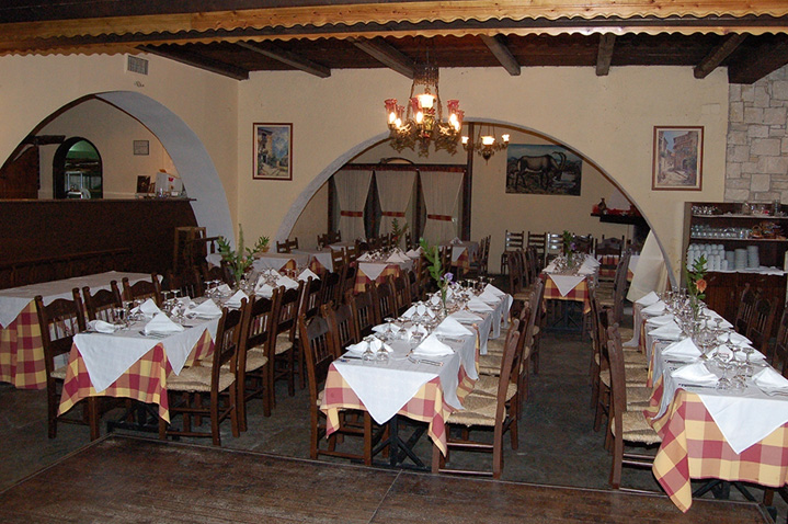 hotel-arolithos-crete-2.jpg