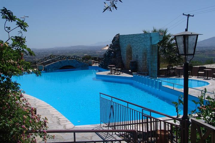 hotel-arolithos-crete-3.jpg