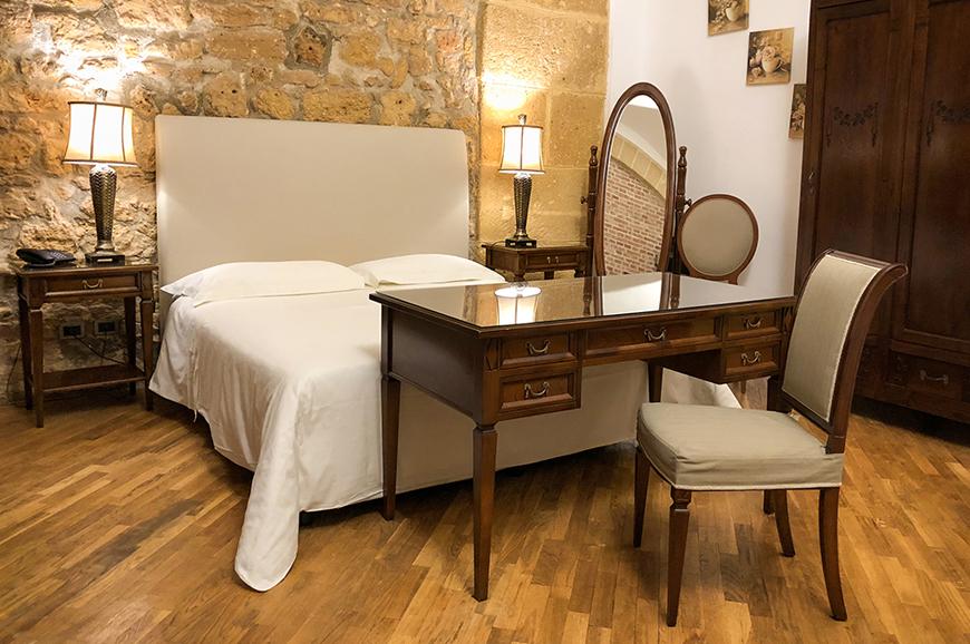 hotel-carmine-2.jpg