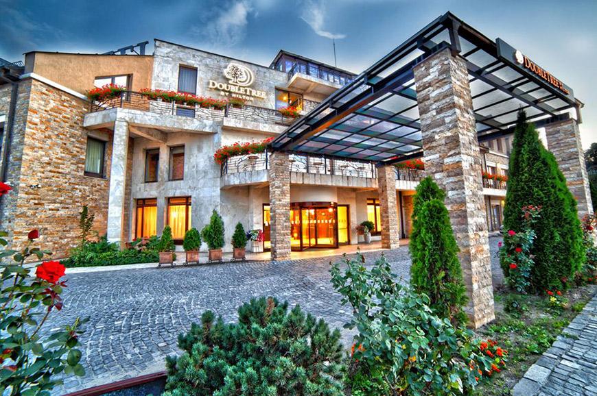 hotel-doubletree-by-hilton-caveler-1.jpg