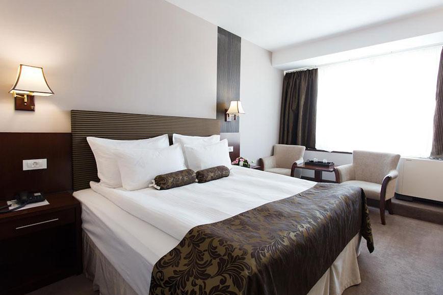 hotel-grand-napoca-4.jpg