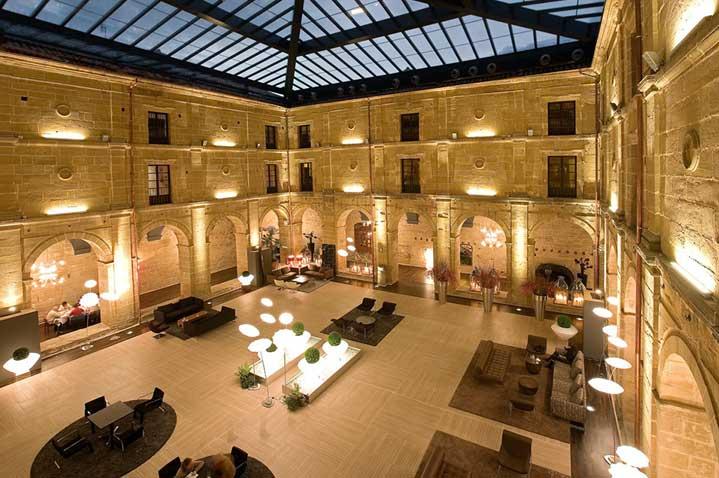 hotel-los-agustinos-2.jpg