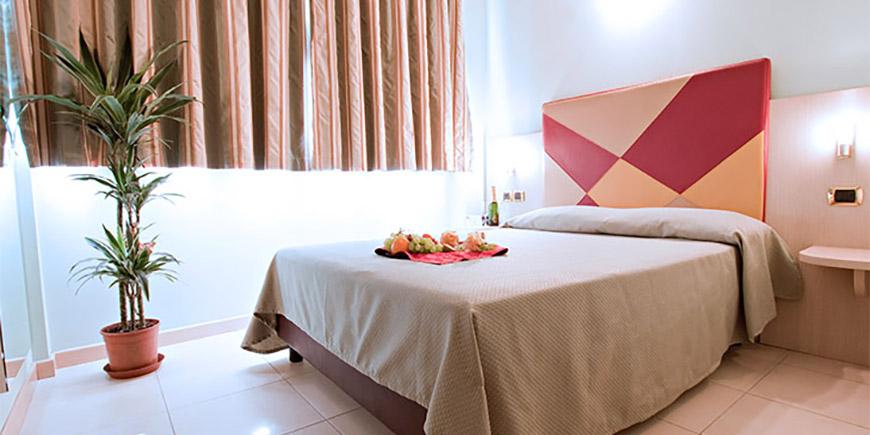 hotel-lovere-2.jpg