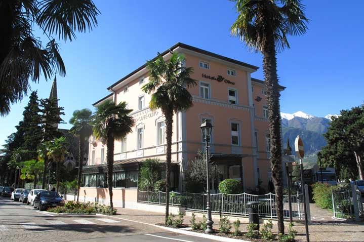 hotel-olivo-1.jpg