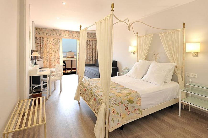 hotel-salobrena-4.jpg