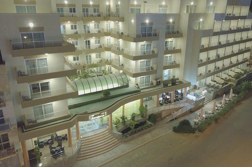 hotel-santana-2.jpg