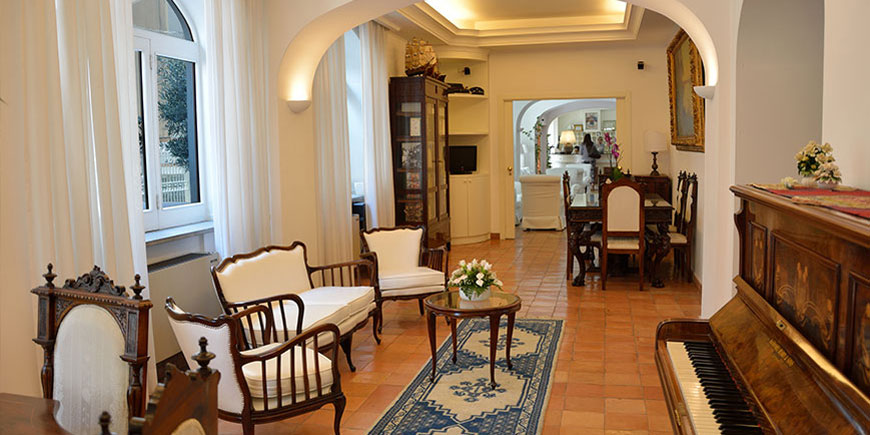 hotel-villa-romania-minori-4.jpg