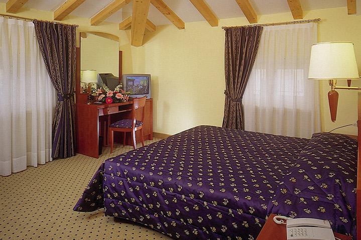 hotelolivo3.jpg