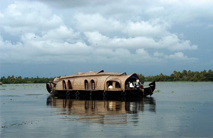 kerala-houseboat-1.jpg