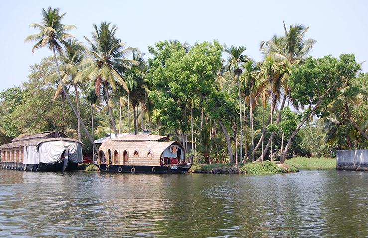 kerala-houseboat-2.jpg