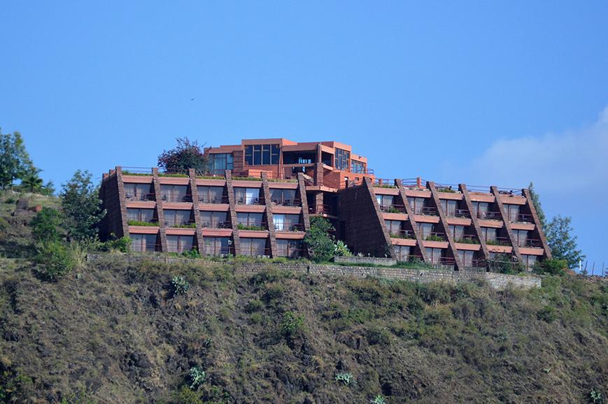 mountain-view-hotel-1.jpg