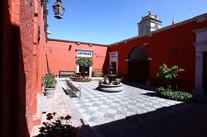 san-agustin-posada-del-monasterio-3.jpg