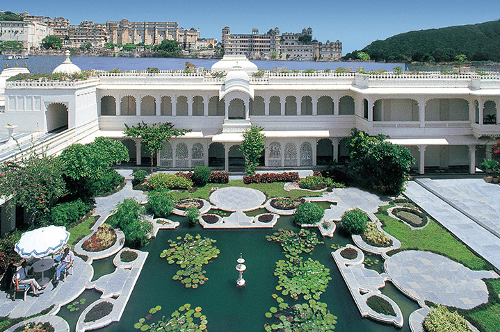 taj-lake-palace-3.jpg