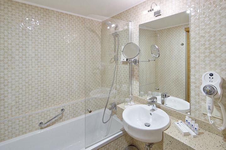 wellton-riga-hotel-spa-3.jpg