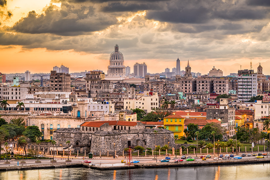 Streets of Havana at dusk