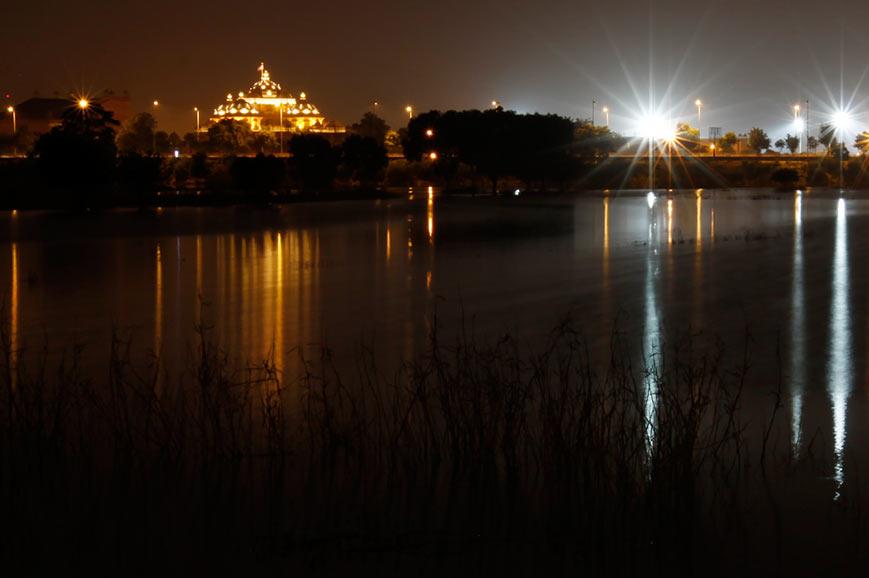 Delhi at night