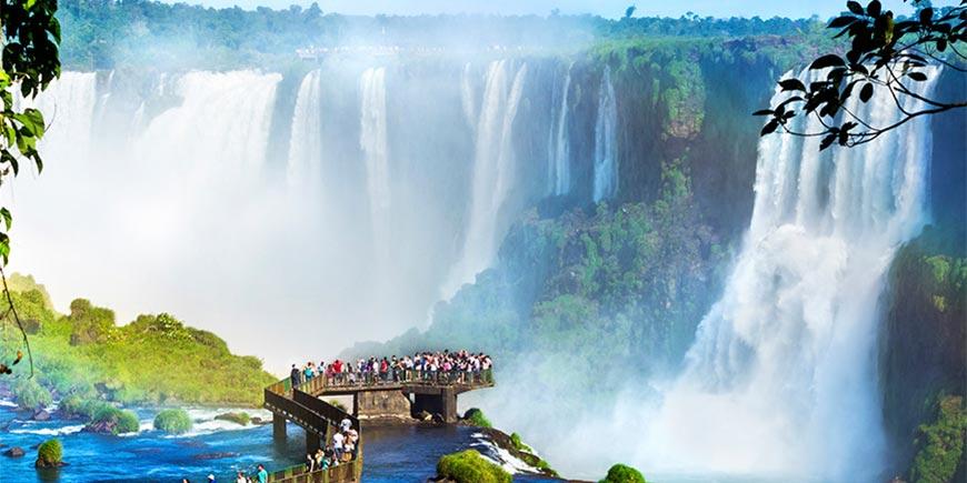 Devil's Throat at Iguacu Falls