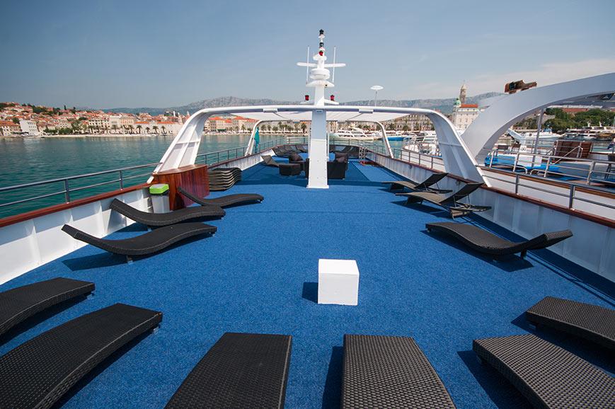 MS Kapetan Bota, sun deck
