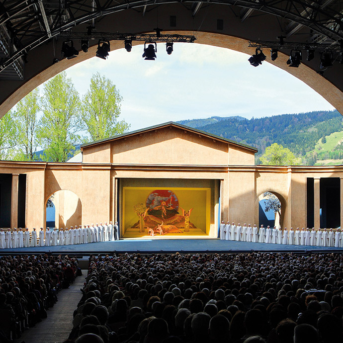 Oberammergau Passion Play & The Spectacular Austrian Lakes (Cat 3)