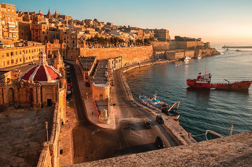 Historical Malta - Palaces, Folklore & World War II
